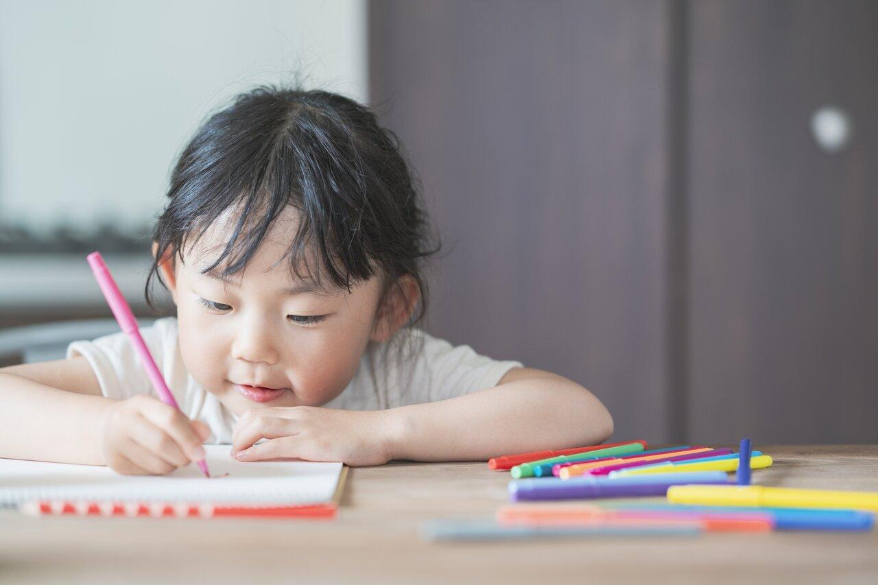 「文字や数は何歳から教えるべきでしょうか?」子育て相談 モンテッソーリで考えよう!