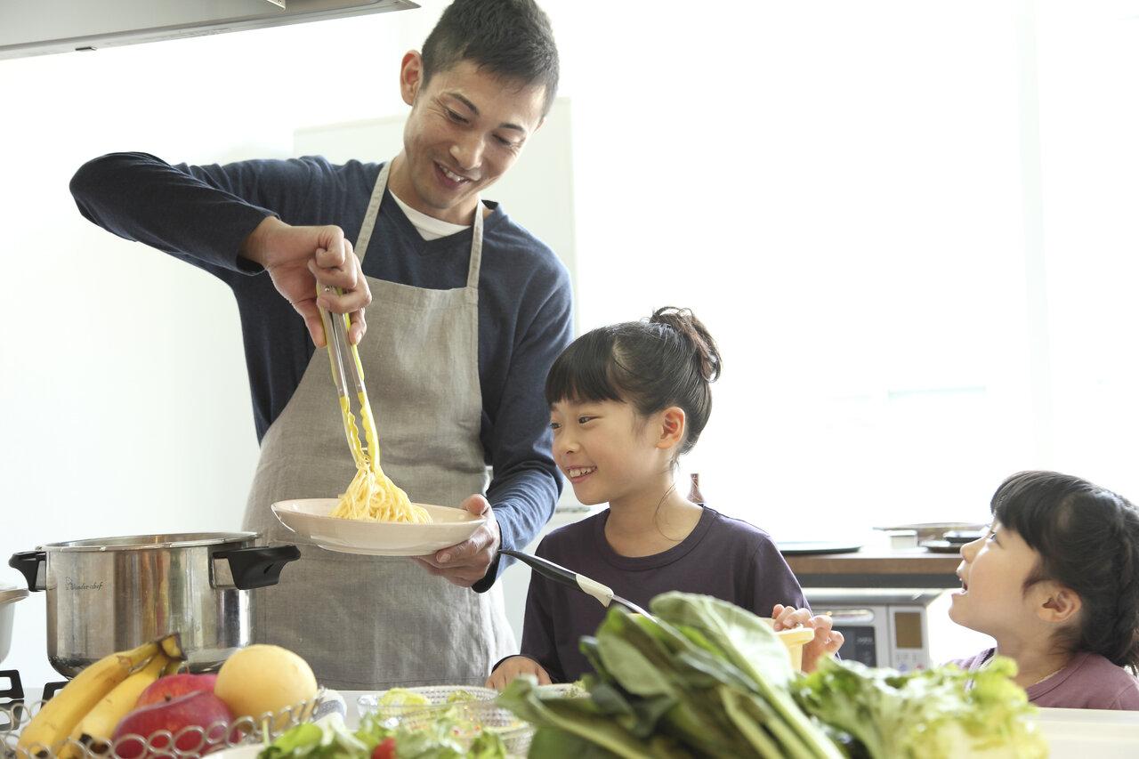 家事のプロがアドバイス! 「家事ができる子」にしたいなら目の前でやってみせる