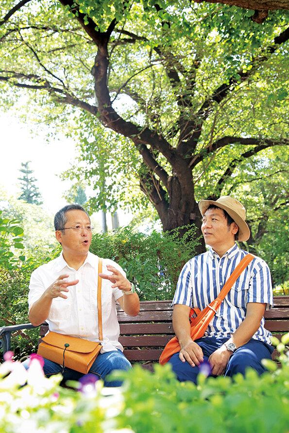 絵本作家の村上康成さんと、はたこうしろうさん 撮影:米沢耕(dandan)