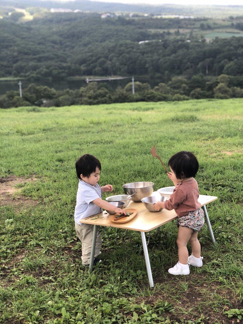 自然のなかで味わうのも食育のひとつ。<br> 写真提供 植松良枝