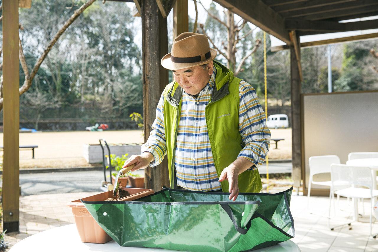 テレビの園芸番組でもおなじみの恵泉女学園大学・藤田智先生。<br> 撮影 深澤慎平