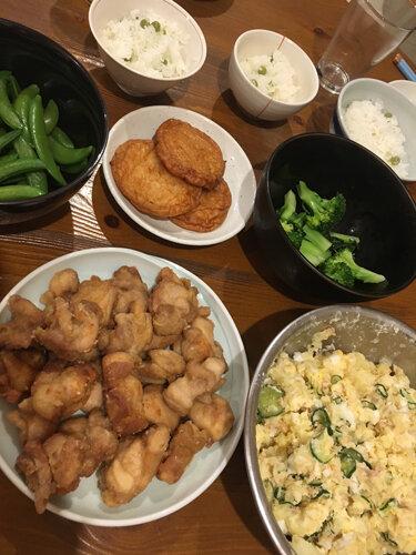 唐揚げ、ポテトサラダ、豆ごはんなど全部小6の手作り