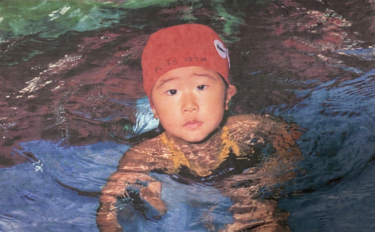 娘の梶原悠未選手は0歳からベビースイミングをはじめ、ダンス、ピアノ、書き方教室、公文など、多くのならいごとを経験してきたそうです。水泳は小学生から選手コースで、全国大会に出場する選手として活躍していました。 写真:梶原有里さん提供