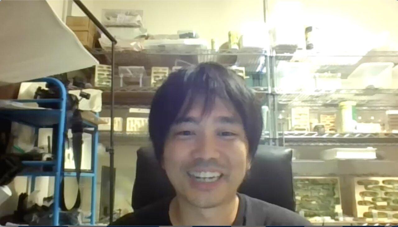 """アリについて楽しそうに話す島田さん。聞いているうちに、アリへの興味がむくむくとわいてきます。  <small class=""""font-small"""">ZOOM取材にて</small>"""