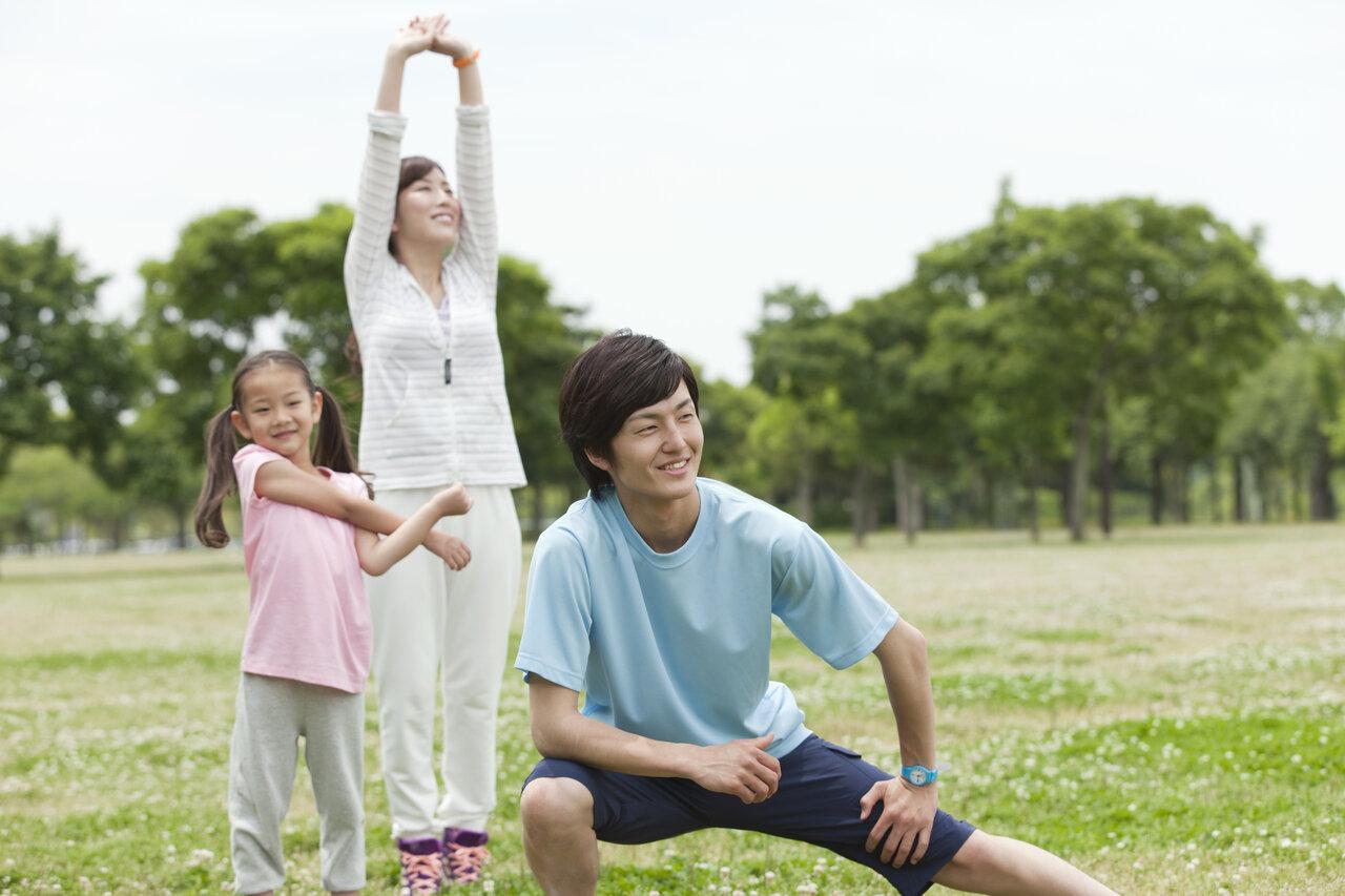 「もうすぐ運動会!」 となれば必要なのはプロテイン?それとも筋トレ? 短距離走指導のプロに、パパママ向けのおすすめ方法を教わりました。<br> 写真:アフロ